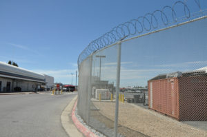Commercial chain link barb wire fence company