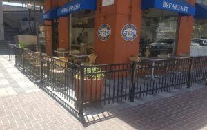 restaurant outdoor patio fencing